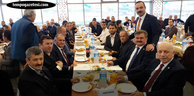 AK Parti, Alaborina'da buluştu...