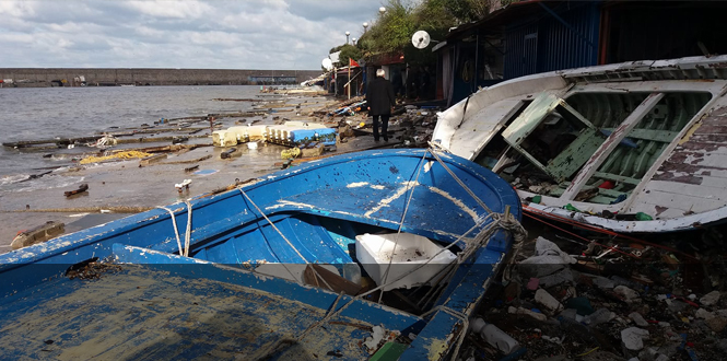 Fırtına Zonguldak'ı vurdu...