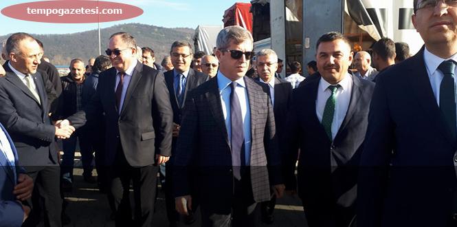 Ali Kaban'nın yapamadığını Ahmet Çınar yaptı...