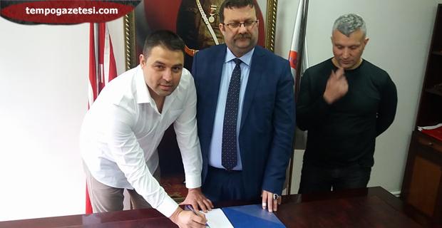 Fatih Akyel imzayı attı