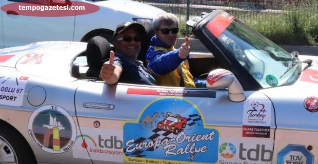 40 Yıllık Ralli Pilotu gibiydiler!...