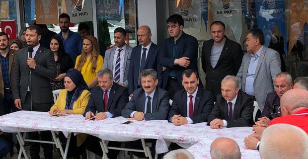AK Parti, Kilimli'de...