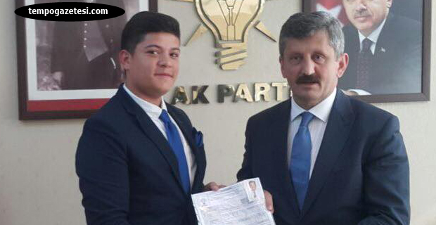Lise öğrencisi AK Parti'den aday adayı oldu...