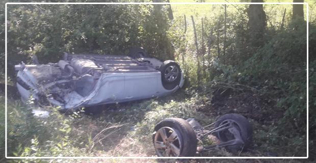 Feci kazada araç pert oldu... Bir çocuk ağır yaralı