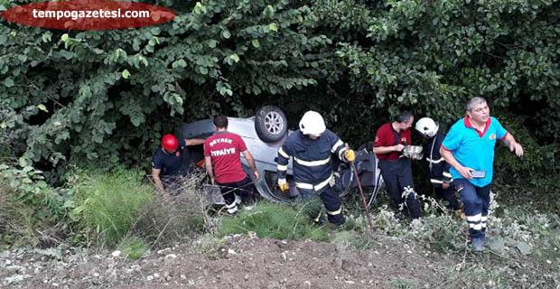 Trafik kazası; araç şarampole yuvarlandı!..