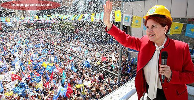 Zonguldaklı İYİ'ler Akşener'in evine gittiler!..