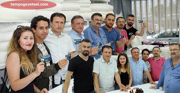 Zonguldakspor'dan Spor Muhabirlerine pastalı kutlama!..
