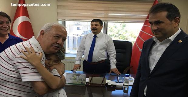 CHP, Parti binasında Bayramlaştı!..