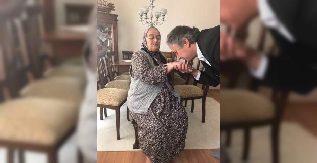 Hamdi Ayan'ın anne acısı