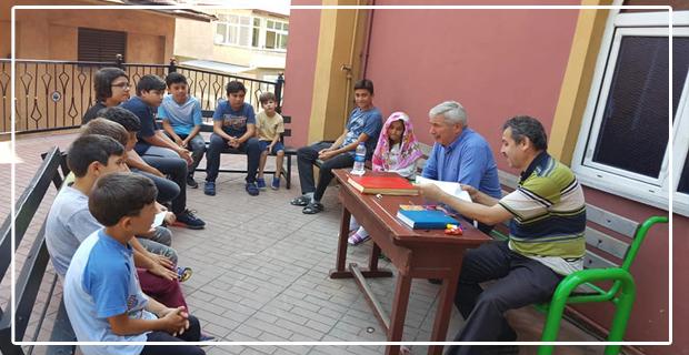 Kur'an Kursu'ndaki öğrencileri sevindirdi...
