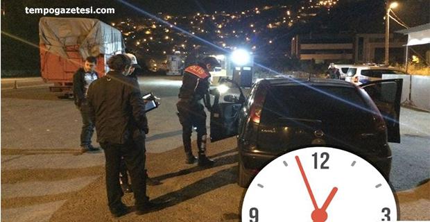Aranan 3 kişiyi yakaladılar, 79 araca da ceza yağdırdılar!..