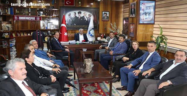 CHP'li Başdanışman Akın'dan 1500 işçi açıklaması!..