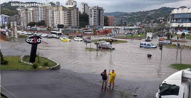 Şiddetli yağmur Kozlu'yu vurdu!..