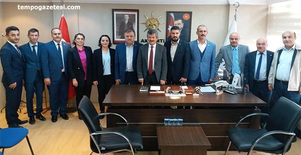 Sağlık Sen yönetimi Zeki Tosun'u ziyaret etti