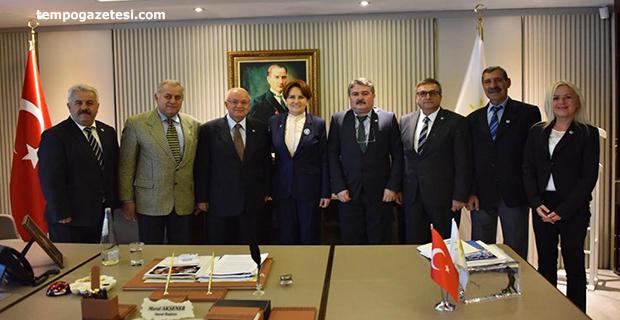 Zonguldaklı İYİ'ler Akşener'i ziyaret etti