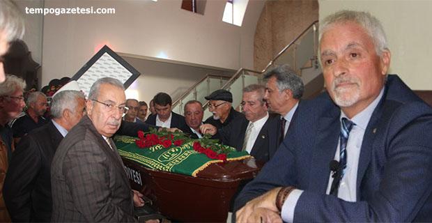 Türkçelik, mezarı başında anılacak...
