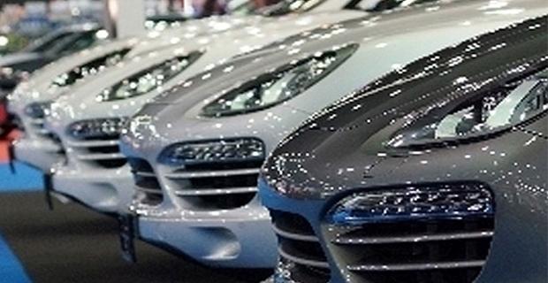 Lüks otomobil mağdurları af çıkmasını bekliyor