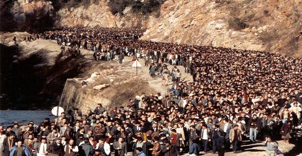 Madenci Feneri; Hak ve Demokrasi Mücadelesini aydınlatıyor…