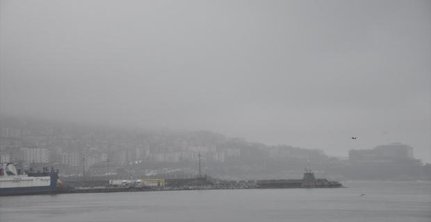 Zonguldak'ta Yağmur ve sis etkili oluyor...