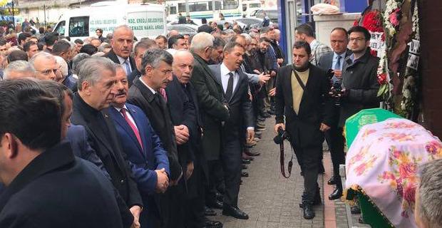 Erdoğan, son yolculuğuna uğurlandı