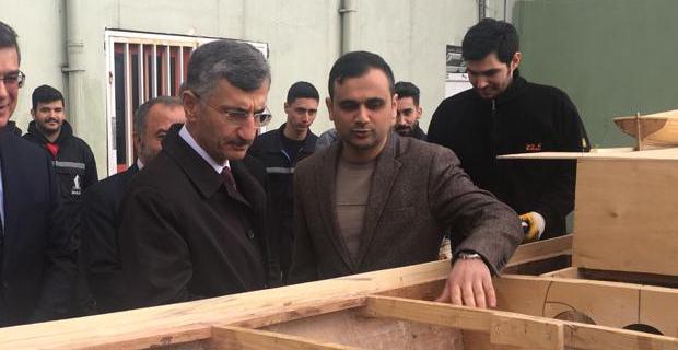 Vali Erdoğan, Denizcilik Fakültesi'nde incelemelerde bulundu