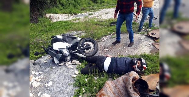Motosikletle 50 metre sürüklendi