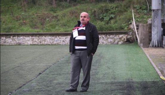 Rakibine tekme atan futbolcusunun lisansını yaktı