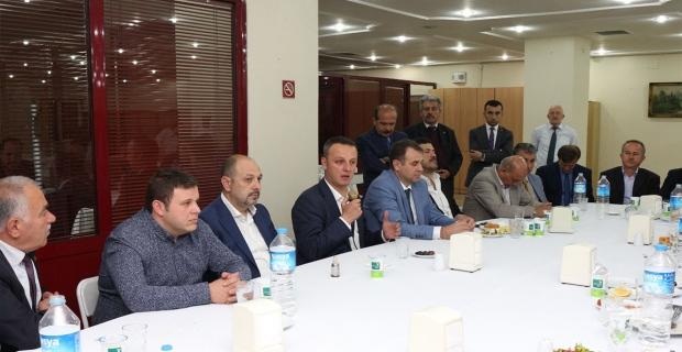 """Alan, Basınla iftarda buluştu. """"Zonguldak çok güzel olacak"""""""