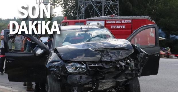 Trafik kazası: İki jip çarpıştı