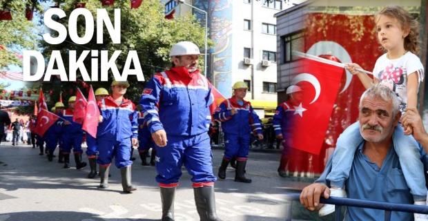 Madenciler, Zafer Bayramı kutlamalarına katıldı