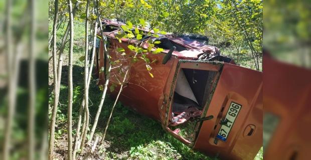 Aracıyla 60 metreden dereye yuvarlandı: 1 ölü