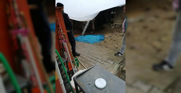 Çatıdan düştü hayatını kaybetti…