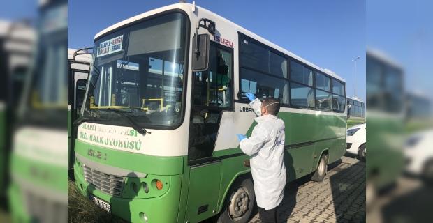 Park halindeki özel halk otobüsleri soyuldu