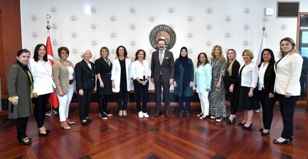TOBB İl Kadın Girişimciler Kurulu, Hisarcıklıoğlu ile bir araya geldi