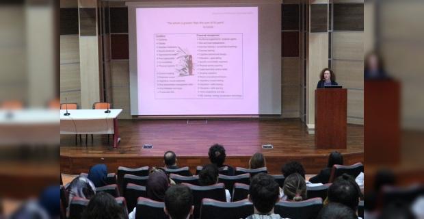 20 Kasım Dünya KOAH gününde KOAH hastalığına dikkat çekildi