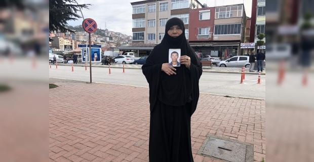Afgan uyruklu anne 27 yaşındaki oğlunu arıyor...