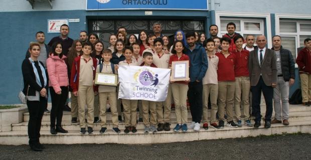 Devrek Ahmet Taner Kışlalı Ortaokulu'na Avrupa ödül