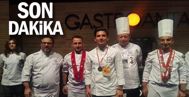 Devrek Meslek Yüksekokulu Aşçılık Programı Antalya'dan madalyaları topladı