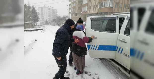 Kdz. Ereğli belediyesi karla mücadele çalışmalarını sürdürüyor