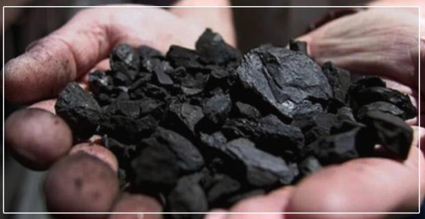 Bir avuç kömür için canından oluyordu...