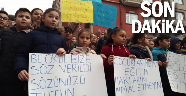 Bürokrasi pes etti, eylem yapan öğrenciler kazandı