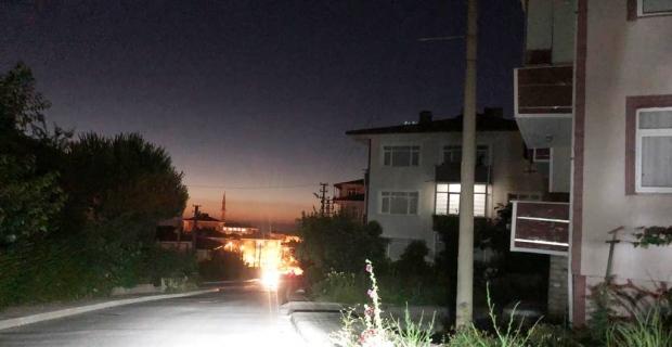 Sokak lambaları 4 gündür yanmıyor
