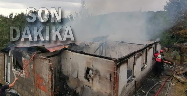 Karı-koca yangından kurtarıldı: Ev kül oldu