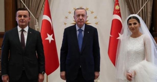 Erdoğan, düğün hediyesi verdi