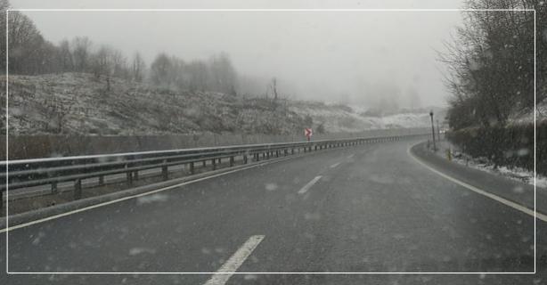 Ereğli yolunda kar etkili oluyor