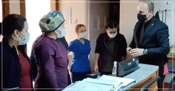 Sağlık çalışanlarının Kandilini kutladı