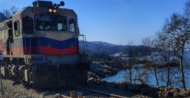 Tren yolu açıldı