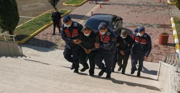 Geyik çalıp öldüren 2 zanlı tutuklandı