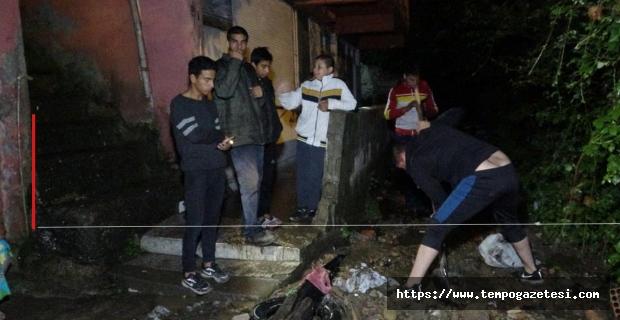 Belediye kanalizasyonu yapmadı: Heyelan oldu, 16 kişi tahliye edildi