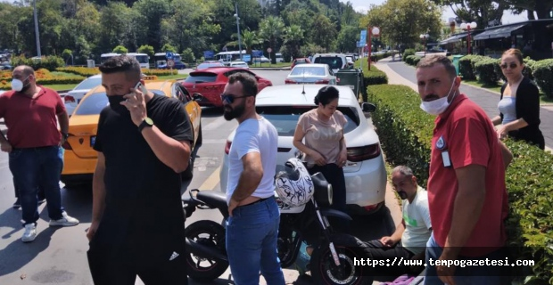 Kaza sonrası kavga kameralara yansıdı